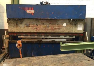 Plegadora Axial 3000x90 Tn Cnc