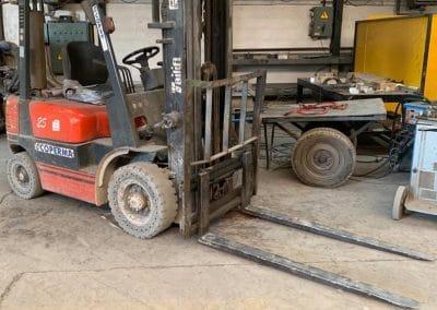 Carretilla Elevadora FENWICK TAILIFT 2500 Kgs Matriculada