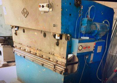 Plegadora Ajial 2000x50 Tn